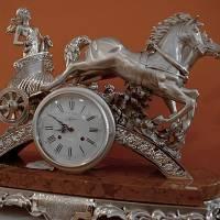 """Настольные часы """"Дама на колеснице"""" Linea Argenti ORO820"""