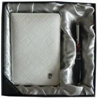 Набор: ручка шариковая, обложка для паспорта 411140